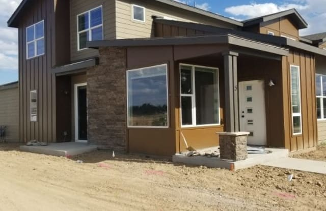 326 Skyraider Way 5 - 326 Skyraider Way, Fort Collins, CO 80524