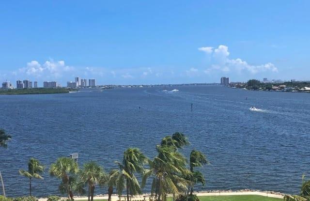 115 Lakeshore Drive - 115 Lakeshore Drive, North Palm Beach, FL 33408