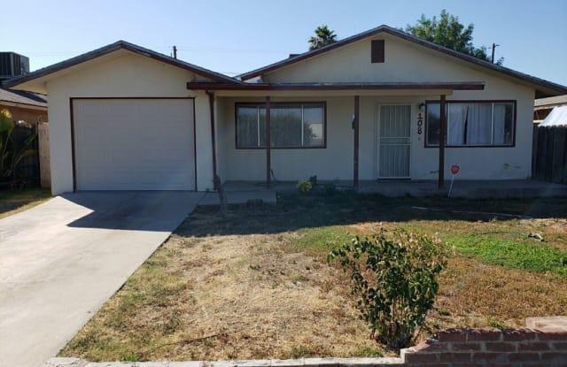 108 Mariposa Way - 108 Mariposa Ave, Chowchilla, CA 93610