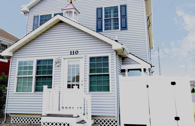 110 Trenton Avenue - 110 Trenton Ave, Lavallette, NJ 08735