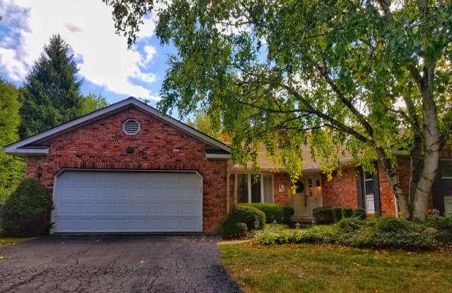 822 Heathermoor Ln - 822 Heathermoor Lane, Perrysburg, OH 43551