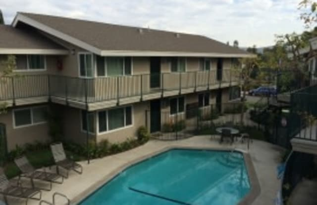 Ridgeway Village - 601 Ridgeway Lane, La Habra, CA 90631