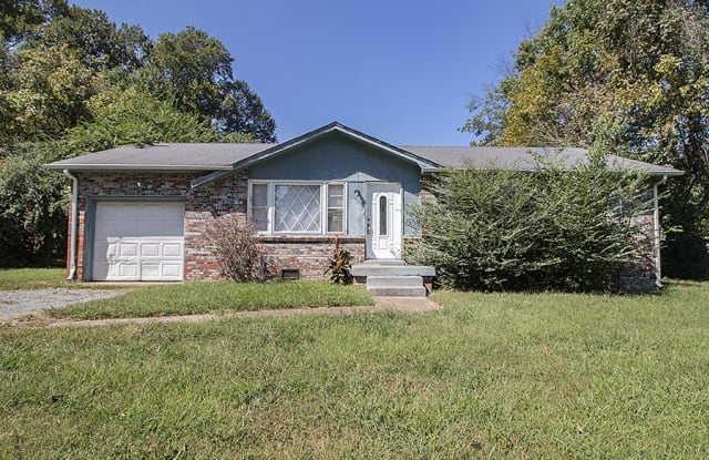 5034 Collinwood Dr. - 5034 Collinwood Drive, Clarksville, TN 37042