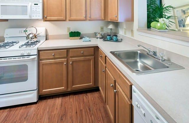 Riverside Station Apartments - 14110 Big Crest Ln, Woodbridge, VA 22191