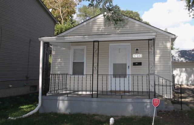 17343 Tennyson St - 17343 Tennyson Street, Roseville, MI 48066