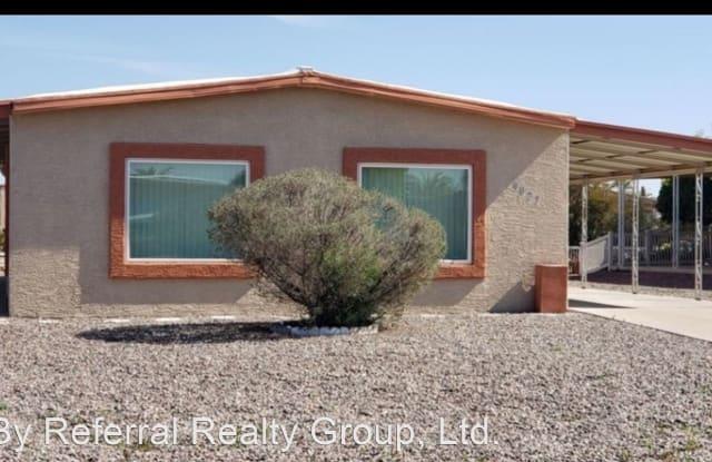 9027 E olive ln - 9027 East Olive Lane South, Sun Lakes, AZ 85248