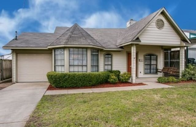 8803 Daytonia Avenue - 8803 Daytonia Avenue, Dallas, TX 75218