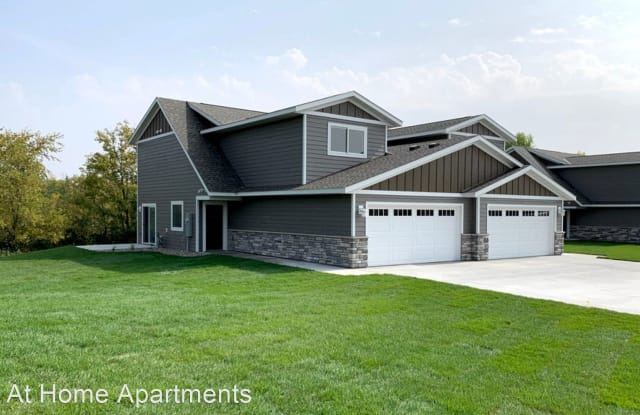 Sommersby Village Townhomes - 3700 W Saint Germain St, St. Cloud, MN 56301