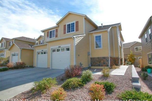 644 Hailey Glenn View - 644 Hailey Glenn Vw, Colorado Springs, CO 80916