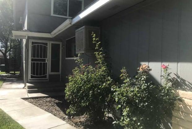 643 Pine Meadows Drive - 643 Pine Meadows Drive, Sparks, NV 89431