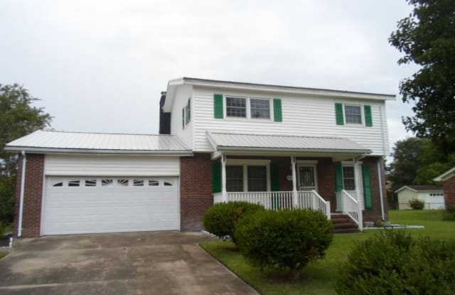 422 Thomas Drive - 422 Thomas Drive, Jacksonville, NC 28546
