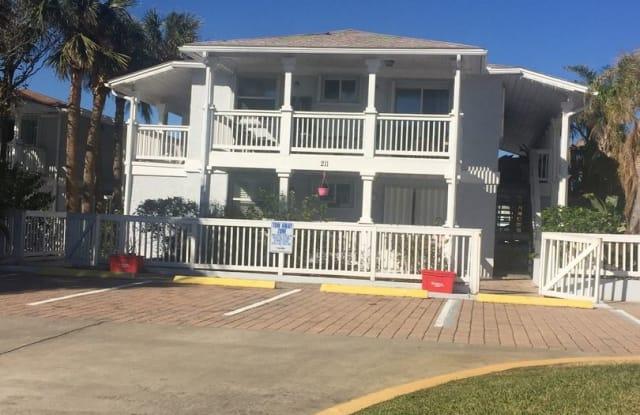 211,12th Ave South C - 211 12th Avenue South, Jacksonville Beach, FL 32250
