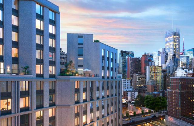 445 - 445 W 35th St, New York, NY 10018