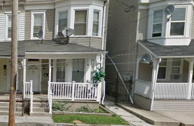 585 W PRINCESS STREET - 585 West Princess Street, York, PA 17401