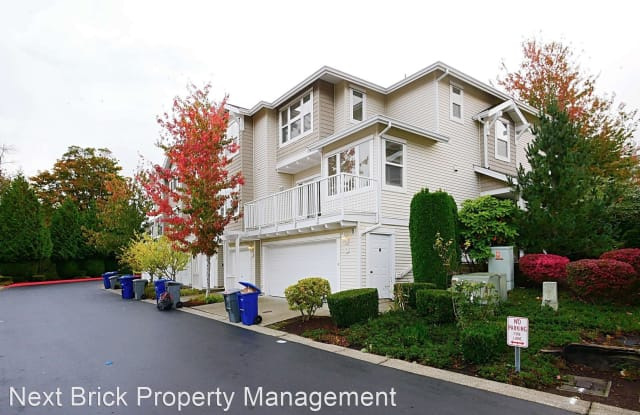 2680 139th Ave SE Unit 18 - 2680 139th Avenue Southeast, Bellevue, WA 98005