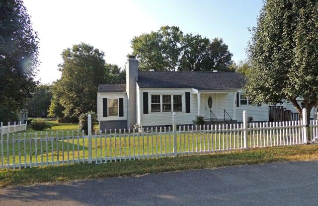 927 Meadowview Pl. - 927 Meadowview Place, Alcoa, TN 37701