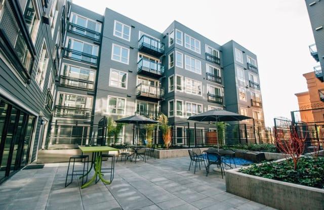 Smith & Burns - 4455 Interlake Avenue North, Seattle, WA 98103