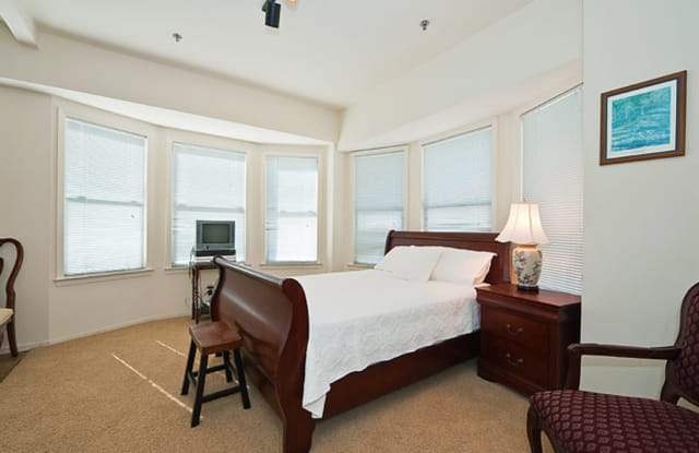 Taylor Suites - Furnished Short-Term Rental - 250 Taylor St, San Francisco, CA 94102