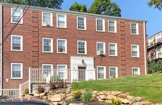 378 Claremont Ave., Unit 10 - 378 Claremont Avenue, Essex County, NJ 07042