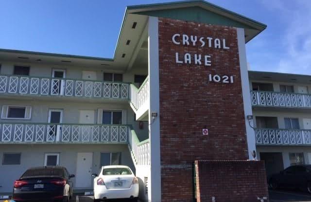 1021 Crystal Lake Dr - 1021 Crystal Lake Drive, Deerfield Beach, FL 33064