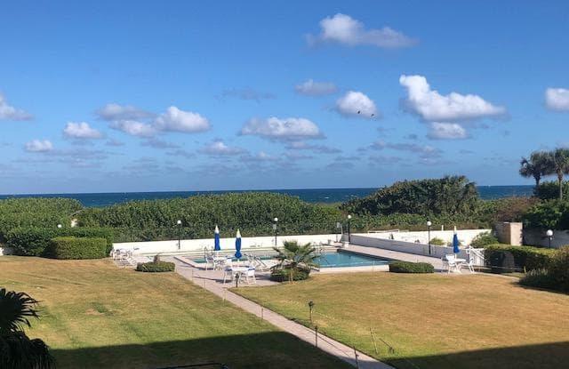 33 S Ocean Avenue - 33 Ocean Ave, Palm Beach Shores, FL 33404
