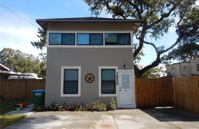 16909 FRANKLIN AVENUE - 16909 Franklin Avenue, Montverde, FL 34756