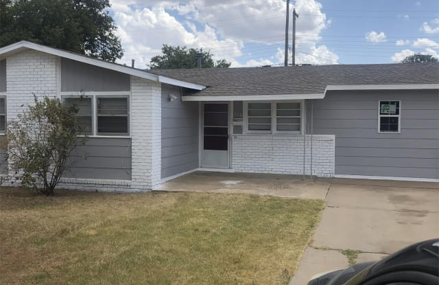313 52nd Street - 313 52nd Street, Lubbock, TX 79404