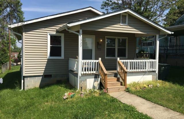 1327 Thurmond St. - 1327 Thurmond Street, Winston-Salem, NC 27105
