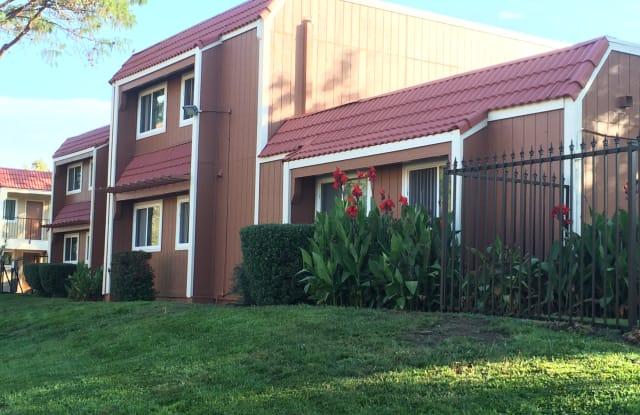 Park Sienna Apartments - 2052-2053 Wilkins Ave, Napa, CA 94559