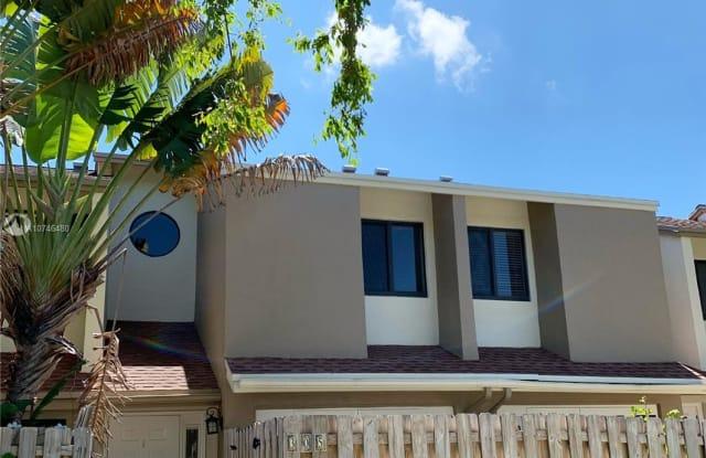 305 City View Dr - 305 City View Drive, Fort Lauderdale, FL 33311