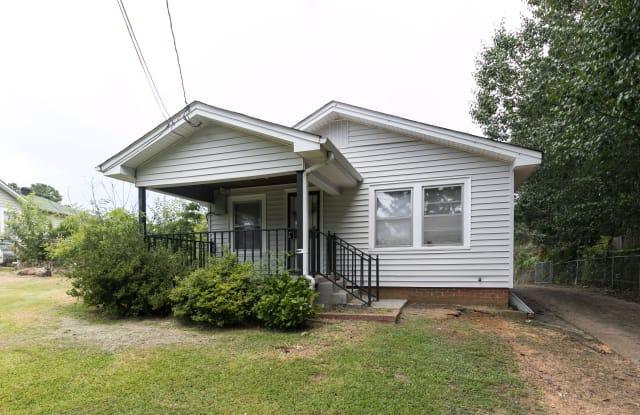 1133 Skyline Dr - 1133 Skyline Drive, Forestdale, AL 35214