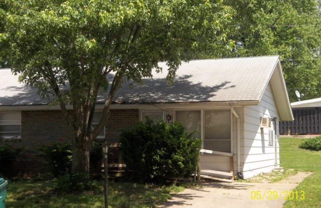 707 N Campbell St - 707 North Campbell Street, Macomb, IL 61455