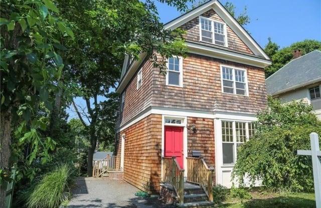 4 Kay Terrace - 4 Kay Terrace, Newport, RI 02840