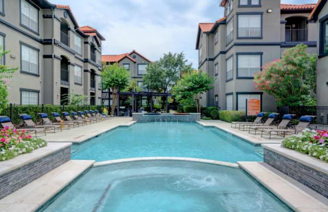 Villas at River Oaks - 777 Dunlavy St, Houston, TX 77019