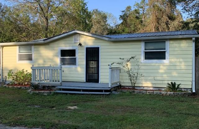 6642 West Walker Street - 6642 West Walker Street, Milton, FL 32570