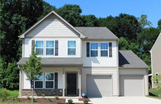 476 Green Arbor Lane - 476 Green Arbor Ln, Winston-Salem, NC 27103