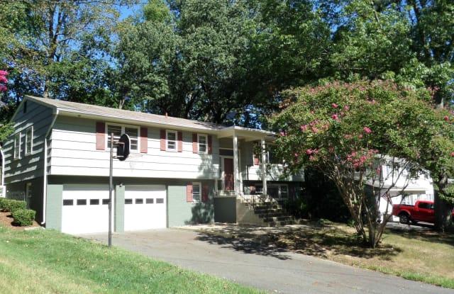 8400 BOUND BROOK LANE - 8400 Bound Brook Lane, Mount Vernon, VA 22309