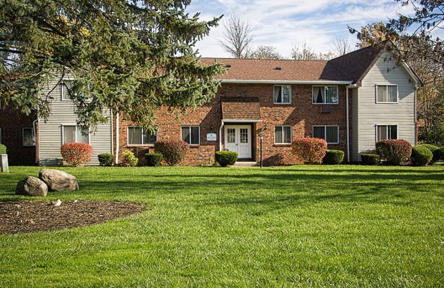 Highview Manor Apartments - 222 Alpine Knl, Fairport, NY 14450
