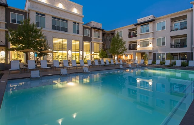 Lakeshore Pearl - 2223 Waterloo City Ln, Austin, TX 78741