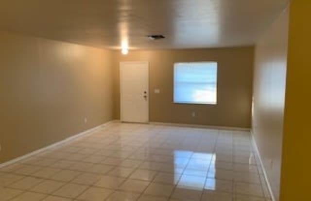 2901-2903 Owen Avenue South - 1 - 2901 Owen Ave, Lehigh Acres, FL 33973
