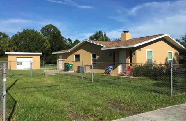 3485 Old Dixie Highway - 3485 Old Dixie Highway, Mims, FL 32754
