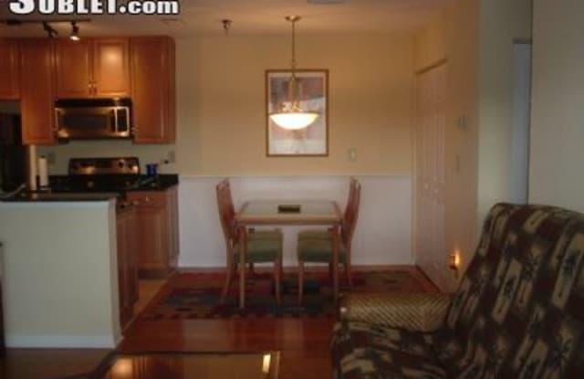 10265 Gandy Blvd - 10265 Gandy Blvd N, St. Petersburg, FL 33702