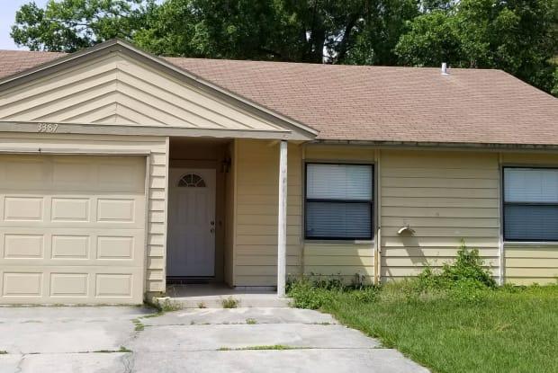 3387 GLENN MOTTIN WAY S - 3387 Glenn Mottin Way S, Jacksonville, FL 32223