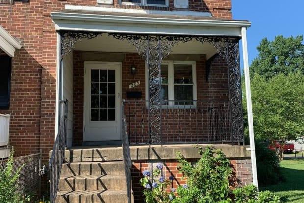205 Evans Lane - 205 Evans Lane, Alexandria, VA 22305