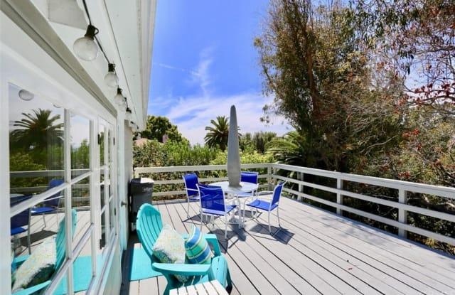 460 Saint Anns Drive - 460 Saint Anns Drive, Laguna Beach, CA 92651