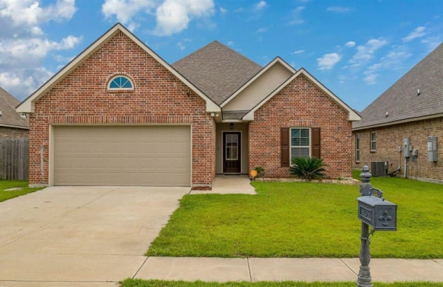 111 Caillou Grove Road - 111 Caillou Grove Road, Youngsville, LA 70592