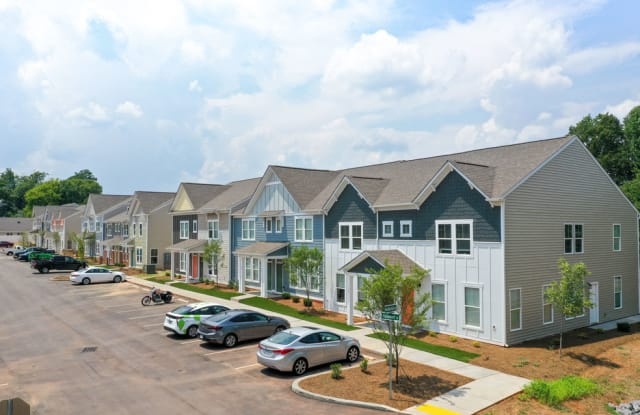 Chandler Commons Townhomes - 308 Voldemort St, Rock Hill, SC 29732