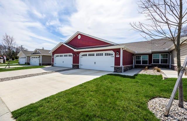 Redwood Sugarcreek Township - 4339 Callalily Dr, Dayton, OH 45459