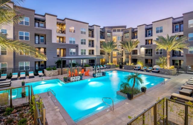 Flats at SanTan - 2550 S San Tan Village Pkwy, Gilbert, AZ 85295