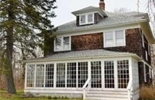 29635 County Road 48 - 29635 Middle Road, Peconic, NY 11958